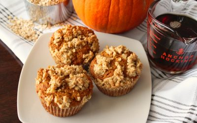 Healthy Pumpkin Muffins with Maple Streusel Topping